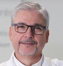 Especialista en cirugía de senos Dr. Julio Terrén